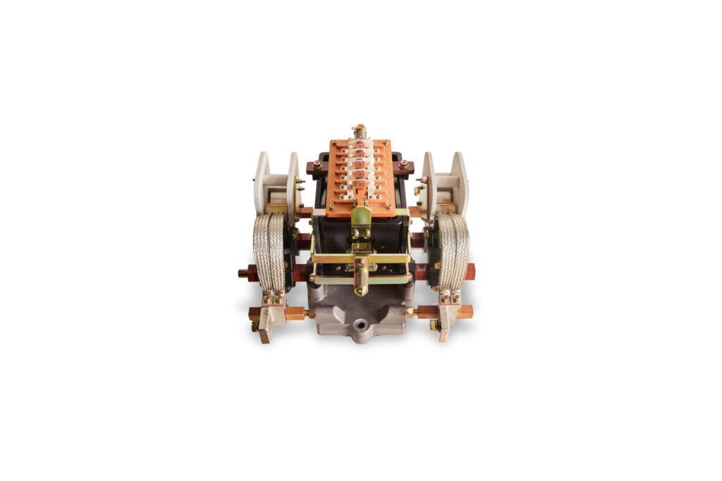 電磁接触器電磁接触器