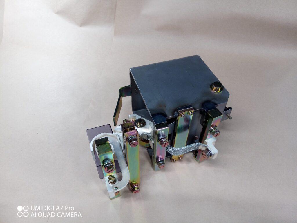 電磁接触器_MDB-101用%e9%9b%bb%e7%a3%81%e6%8e%a5%e8%a7%a6%e5%99%a8_mdb-101